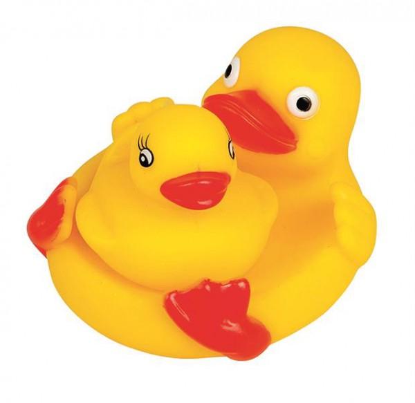 Bade-Entenmutter mit Baby